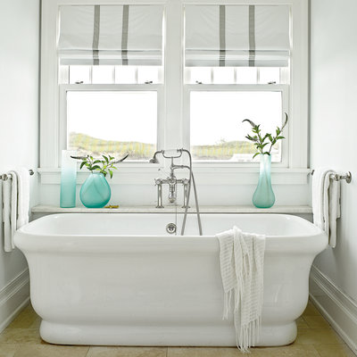 Beach Themed Decor, Beach Themed Home Decor, Beachy Bathrooms, DIY Bathroom, Bathroom Updates, Easy Ways to Update Your Bathroom, How to Update a Small Bathroom