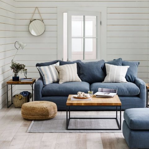 Install A Shiplap Wall for Less than $50| DIY Ideas, Shiplap, DIY Shiplap, DIY Home Decor, DIY Home Decor on a Budget, Shiplap Wall, DIY Shiplap Wall
