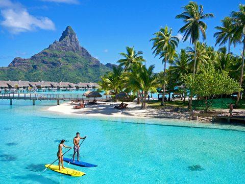 Traveling to Tahiti - Sand Between My Piggies| Tahiti, Tahiti Bora Bora, Tahiti Vacations, Tahiti Vacation Things to Do, Vacation Ideas, Tahiti Vacation #Tahiti #TahitiVacations #TahitiVacationThingstoDo