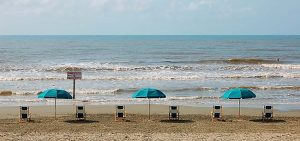Here is a guide to Galveston beaches! Find the perfect beach destination for your next vacation! There are beaches for a variety of interests! Don't miss out on the perfect Galveston beach day!