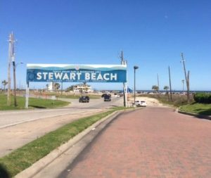 Here is a guide to Galveston beaches! Find the perfect beach destination for your next vacation! There are beaches for a variety of interests! Don't miss out on the perfect Galveston beach day! I promise you'll have a great time.