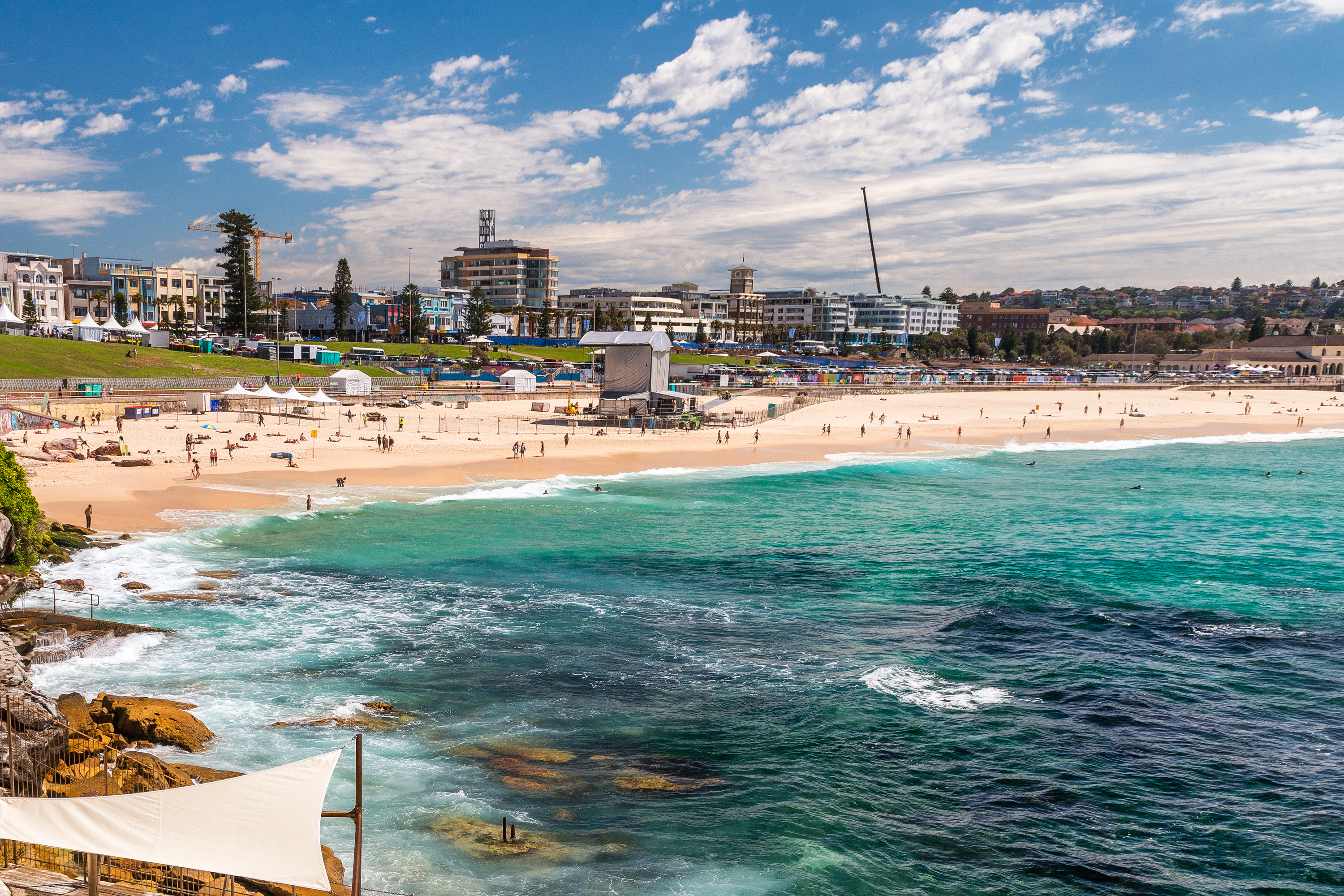 If you're taking a trip down under, you need to go to Bondi Beach! Here's everything you need to know about Bondi Beach. You will fall in love!