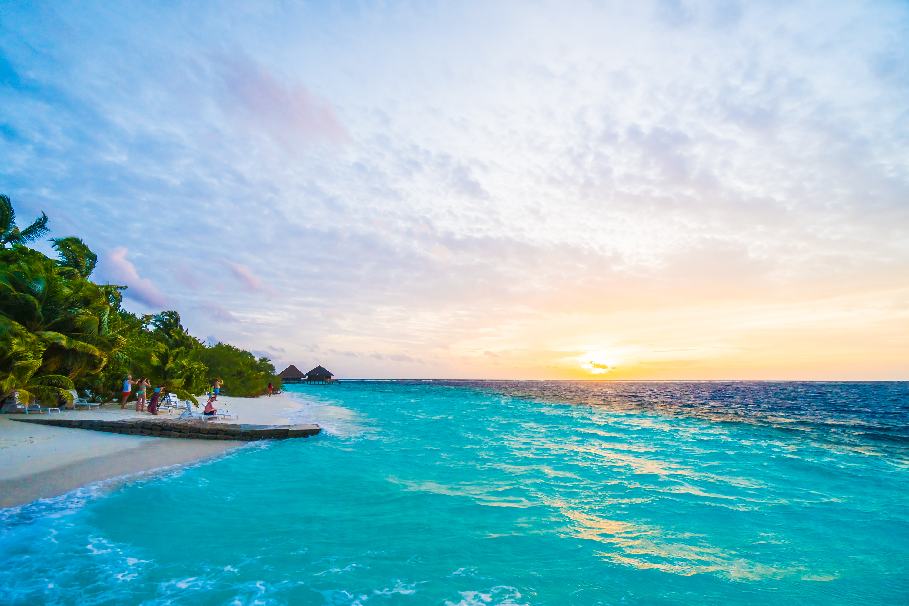 If you're getting ready to plan a trip to the Maldives, then you'll need to know the Maldives resorts to make the most out of your vacation. Have fun planning!
