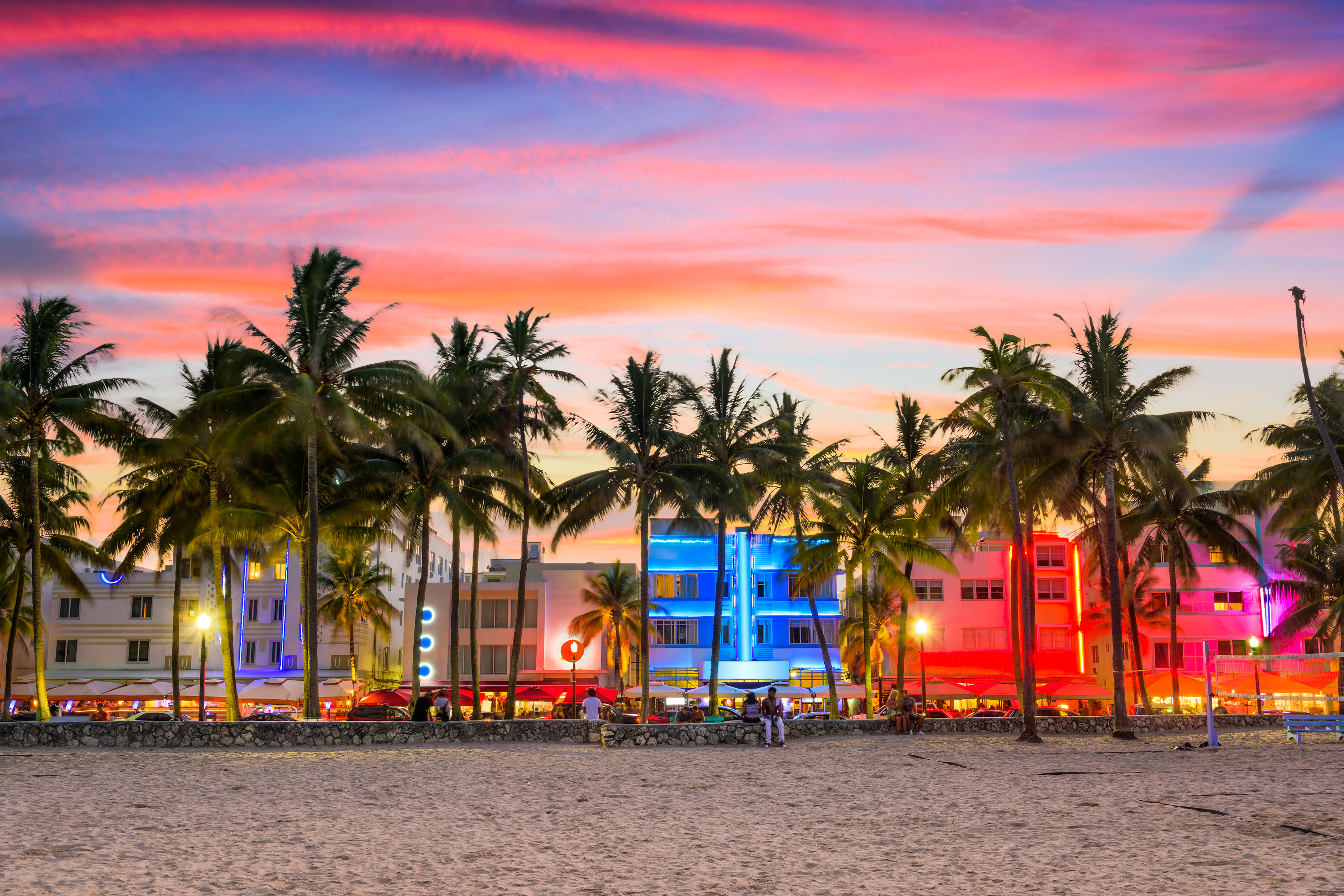 Are you planning your next vacation? Trying to come up with the perfect place? These are the best places in the US to visit in the spring!
