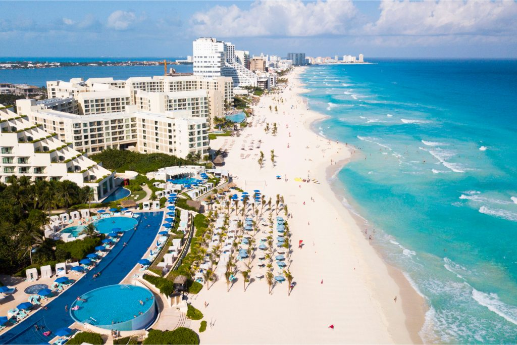 Isn't it wild that Spring break will be here sooner than expected? It seems like it was just Christmas! But a great Spring Break vacation doesn't have to cost a fortune! Check out my list of the cheapest Spring Break destinations. But don't worry, these cheapest Spring Break destinations are all gorgeous. Cancun, Mexico is always a great choice!