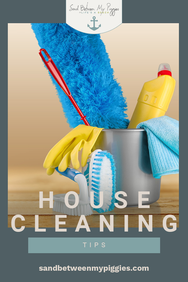 Looking for low-effort ways to keep your home completely clean? Aren't we all! Use this list of my favorite housecleaning tips to keep your home clean in under 30 minutes per-day. This is the perfect cleaning routine for people who HATE cleaning! #cleaning #cleaningtips #sandbetweenmypiggiesblog
