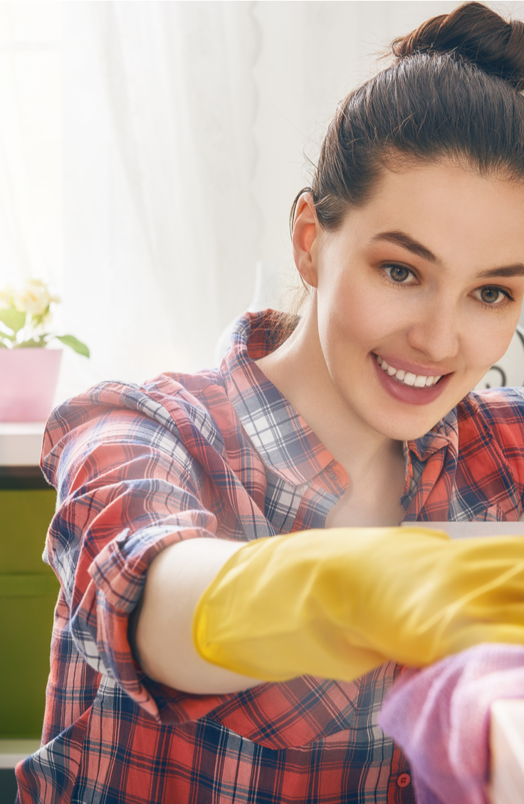 Spring is here, do you know what that means? It's time to clean your house and make it positively SPOTLESS. These super easy housecleaning tips will make it easy to whip your home into spic and span shape. Check them out!