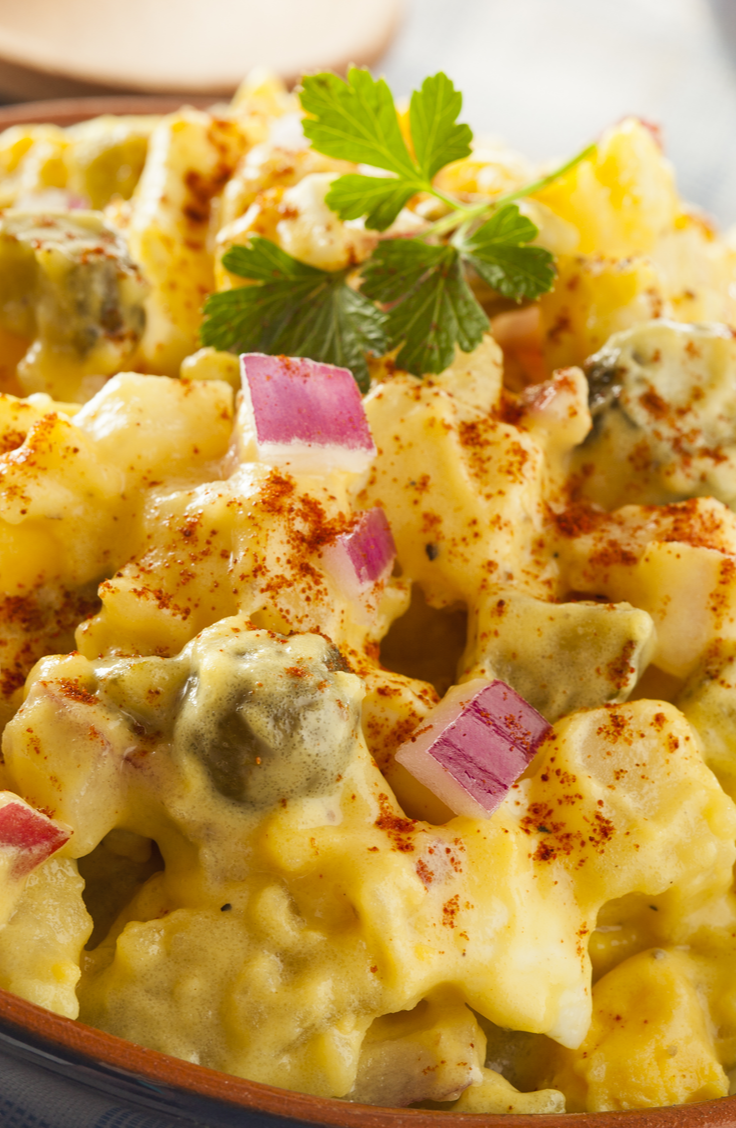 While vacationing, the last thing that you want to do is be a slave in the kitchen! Part of the fun of vacationing is to spend a lot of time eating, of course, but not a lot of time in the kitchen! Check out these easy vacation meals that don't take much time or effort. You can't ever go wrong with a little potato salad!