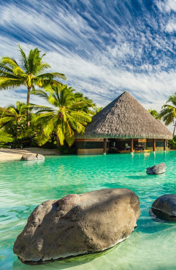 Traveling is the best. You get to go to new places and learn new things, who doesn't like that? If you're planning a trip this year, take a look at this list of dream vacations. Why not check out Fiji?
