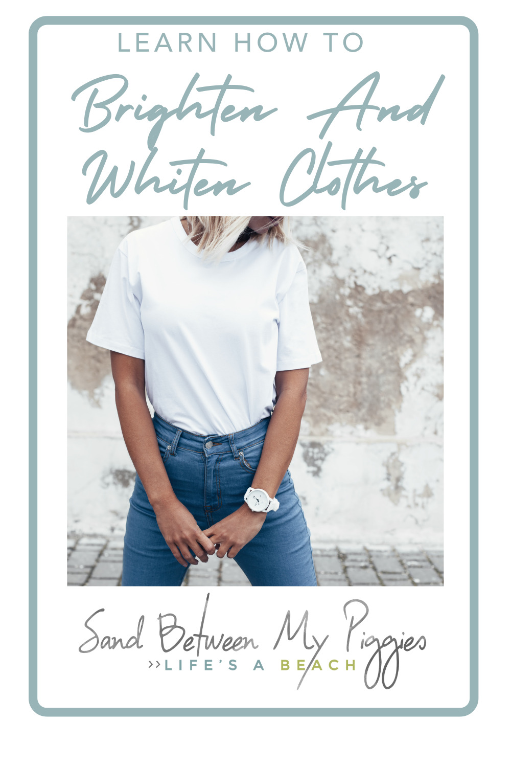 Nobody likes dull or dingy clothes. Try these easy tips to brighten and whiten your clothes from Sandbetweenmypiggies.com
