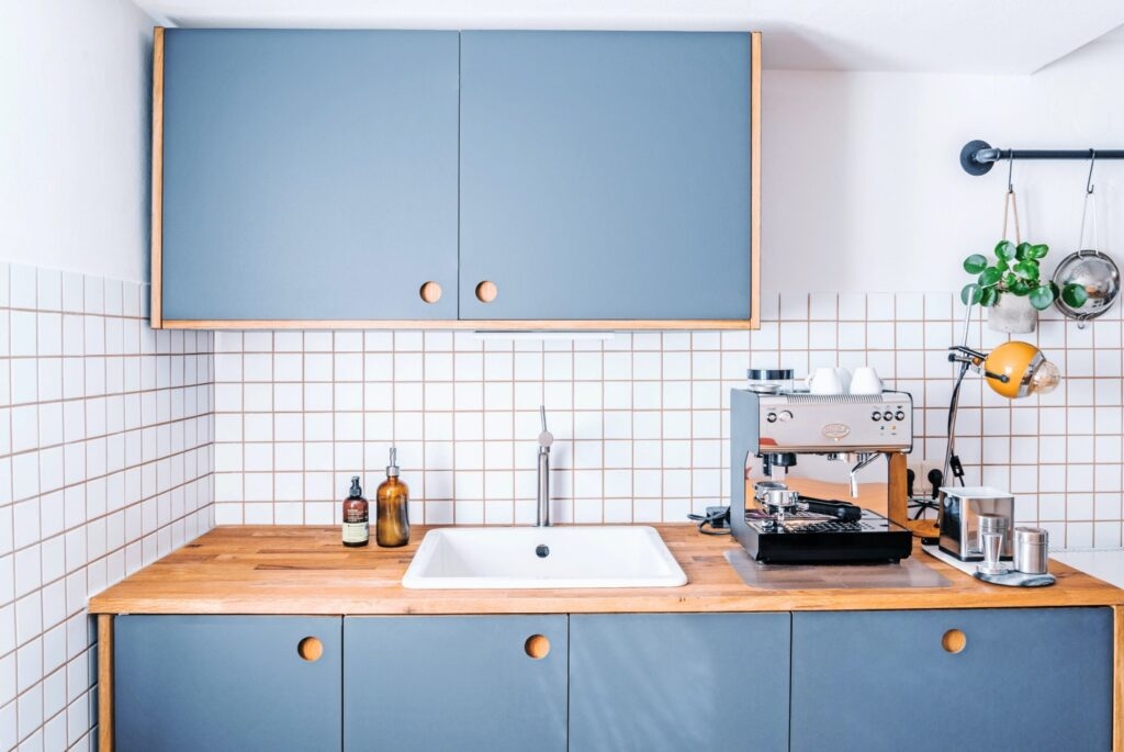 Decorating ideas for a beach house kitchen