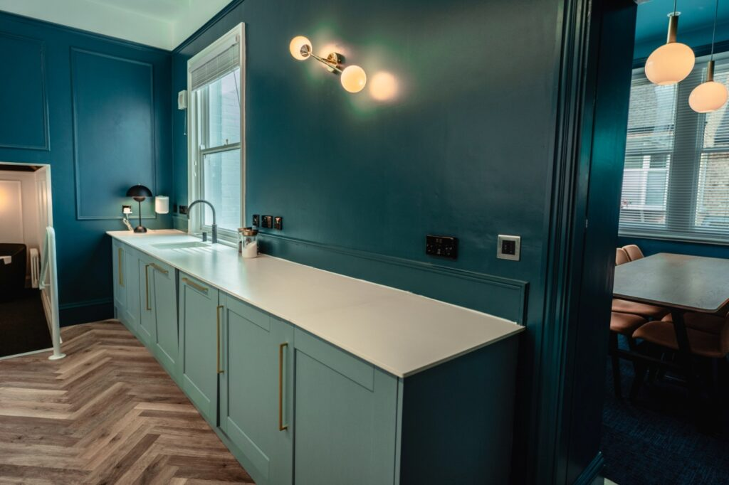 Spruce up your kitchen with some beach house kitchen ideas